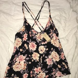NWT!!! women's american eagle floral tank!